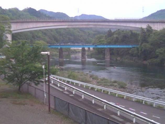 停止中:長良川と立花橋周辺ライブカメラと雨雲レーダー/岐阜県美濃市