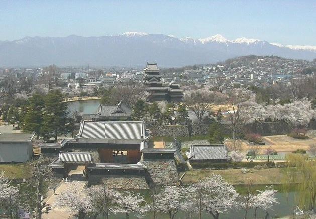 松本城 ライブカメラと雨雲レーダー/長野県松本市