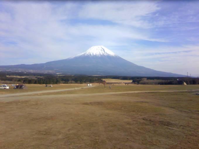 ふもとっぱらから見える富士山ライブカメラと雨雲レーダー/静岡県富士宮市