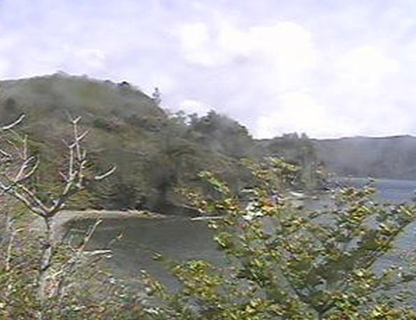 父島・宮之浜海岸ライブカメラと雨雲レーダー/東京都小笠原村