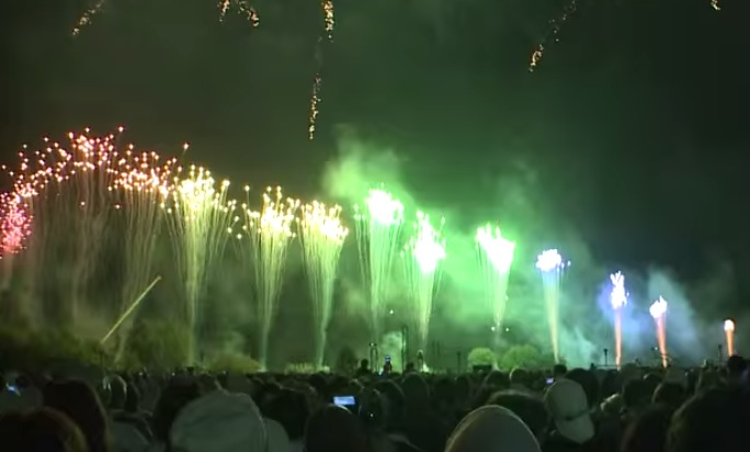 停止中:2016年8月13日 勝毎花火大会ライブカメラと雨雲レーダー/北海道帯広市
