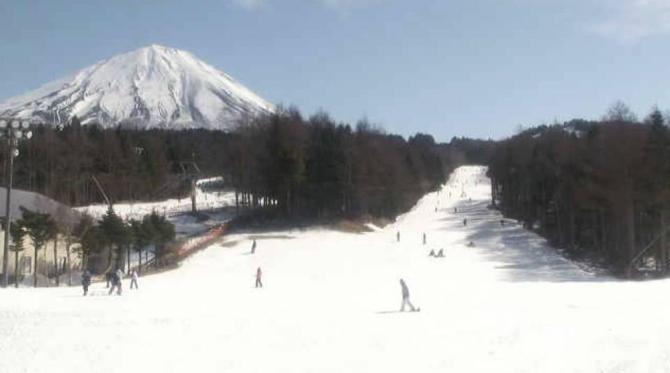 ふじてんスノーリゾートのゲレンデライブカメラと気象レーダー/山梨県鳴沢村