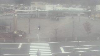 停止中:鬼怒川温泉駅前ライブカメラと雨雲レーダー/栃木県日光市