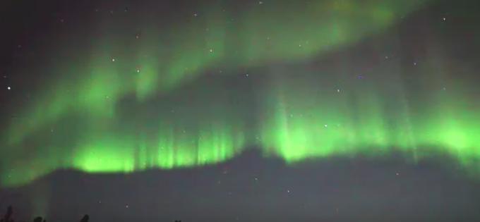 オーロラ ライブカメラ(ウェザーニュース)/アイスランド