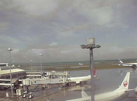 那覇空港 ライブカメラ(JAL)と雨雲レーダー/沖縄県那覇市