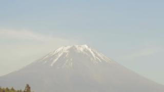 富士山ライブカメラ(三浦牧場より)と気象レーダー/静岡県富士宮市