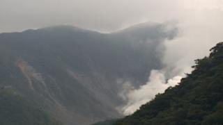 停止中:箱根山・大涌谷ライブカメラ3(YouTube)と雨雲レーダー/神奈川箱根町