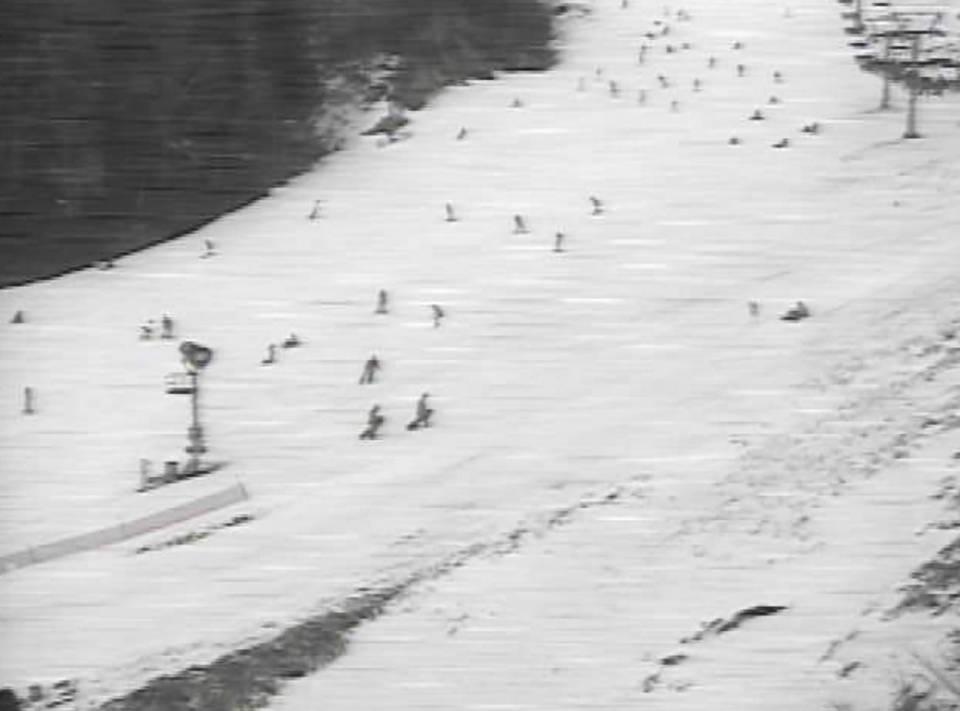 奥伊吹スキー場ライブカメラと気象レーダー/滋賀県米原市