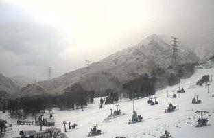 苗場スキー場ライブカメラと雨雲レーダー/新潟県湯沢町