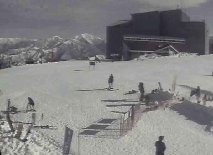 湯沢高原スキー場ライブカメラと雨雲レーダー/新潟県湯沢町