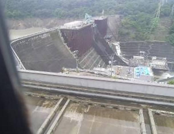川内川・鶴田ダムライブカメラと雨雲レーダー/鹿児島県さつま町