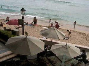 ハワイ:Moana Surfrider, A Westin Resort & SpaのWebカメラ
